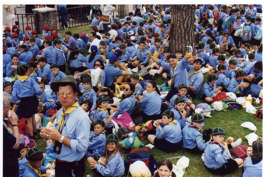 1996_a-roma-incontro-con-il-papa-di-tutti-i-lupetti062